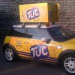 tarramainos, mainosteipattu auto, mainostarrat